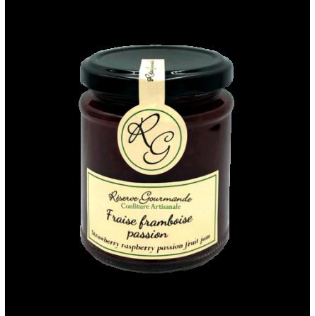 Confiture de fraise framboise et fruits de la passion